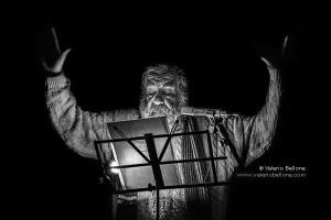 Franco Scaldati in una spettacolare foto di Valerio Bellone