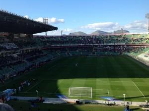 Palermo-Udinese 4-1 ingresso in campo e curva nord. Foto di Gabriele Bonafede