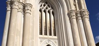 La cattedrale gotica di un cimitero pirandelliano
