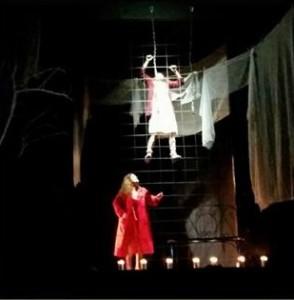 """Daniela Pupella e Lavinia Pupella in """"Chenwing-gum (matte da slegare)"""" di Paride Benassai al Teatro Crystal Palermo"""