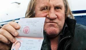 gc3a9rard-depardieu-with-his-russian-passport1