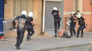La polizia di Erdogan in azione ai tempo della rivolta di Gezi Park, 2013