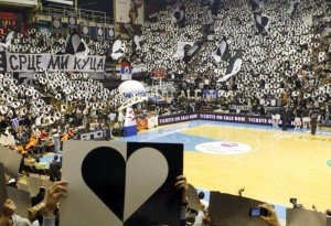 Fto tratta da http://hooligansonline.omgforum.net/t130-ultras-in-other-sports-than-footbal