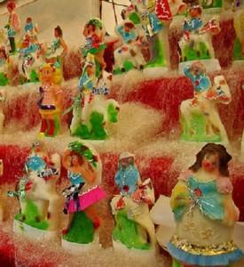 """Pupi di zucchero, uno dei dolci tradizionali più conosciuti per """"i Morti"""", la festa del 2 novembre, a Palermo e in Sicilia"""