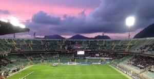 Il Barbera in Palermo-Padova nell'ultimo campionato in B. I rosa torneranno a giocare di Sabato?