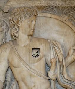 Achille con scudetto del Palermo bis