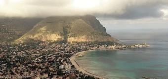 Palermo nei guai e senza politica