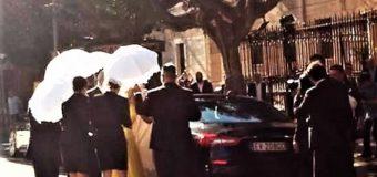 Matrimonio vergogna di Gallo Belotti, sposa conciata come i Beati Paoli
