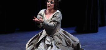 """Ruth Iniesta esalta il Teatro Massimo con """"I puritani"""". Stasera in scena Jessica Pratt per la replica di saluto a un successo travolgente"""