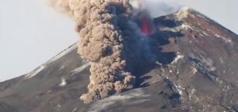 Etna, spettacolare filmato sull'eruzione