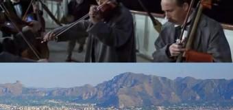 Palermo-Titanic: la città affonda e si sceglie il colore delle strade