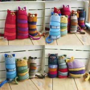 Pupazzi creati con i calzini spaiati. Questa e altre idee per riciclare i calzini su http://www.sortrature.com/crafty-diy-ideas-with-old-socks/