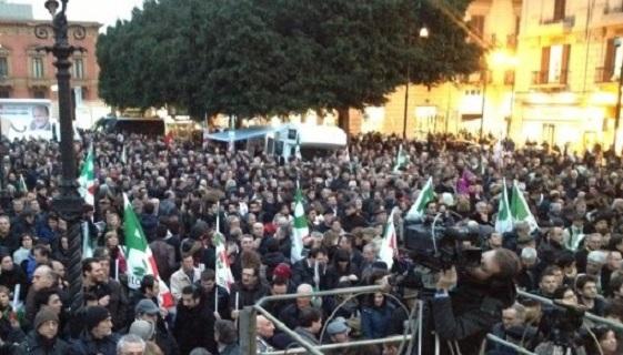 PD siciliano a Palermo, Piazza Massimo campagna elettorale 2012
