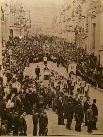 Processione madonna Porto Emp