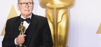 Notte-Oscar con trionfo di Morricone e omaggio a Scola