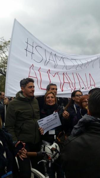 Pif con i lavoratori di Almavva a Palermo