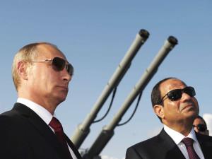 Putin e Al Sisi. Foto tratta da www.crudiezine.it
