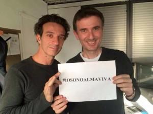 Ficarra e Picone: #IosonoAlmaviva. I due comici palermitani sostengono i lavoratori di Almaviva fin dai primi giorni della vertenza.