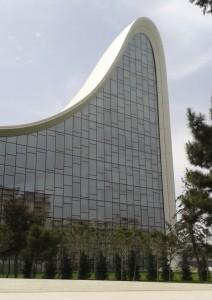 Heydar Aliyev Centre di Zaha Adid a Baku, azerbaijan