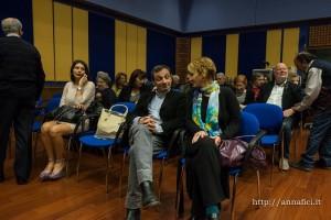 In sala, l'attore Gigi Borruso