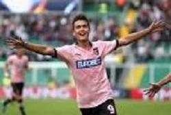 Dybala giocava nel Palermo, a ogni partita erano calcioni a go-go sulle sue gambe e nessuna convocazione in nazionale. Oggi è alla Juventus ed è tutelato...