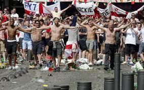 Non tutti i mali vengono per nuocere... adesso gli hooligans inglesi in Francia per l'Euro 2016 sono tecnicamente illegali e da espellere imediatamente.