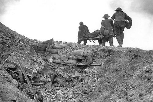 Stretcher_bearers_Battle_of_Thiepval_Ridge_September_1916