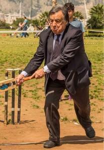 Caro PD, Leoluca Orlando gioca anche a cricket e non vorrebbe il simbolo del PD.