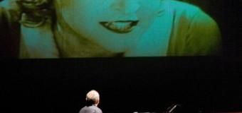 Il pianista del cinema muto a Porto Empedocle