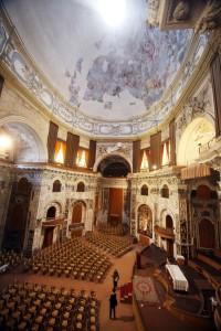 Eccoci al SS. Salvatore. Ma quanto tempo dovevamo stare a Palermo? Io rimango qui. E mi godo magari il concerto.