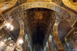 La cappella Palatina, all'interno di Palazzo dei Normanni a Palermo, sede dell'ARS. Foto Igor Petyx