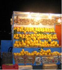 Palermo, bancarella di pitittuni, spesso chiamati erroneamente limoni.