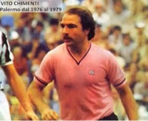 """Vito Chimenti faceva """"la bicicletta"""": passava la palla sul tacco e, con il tacco stesso, la portava sopra il giocatore avversario dribblandolo."""