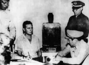 Fidel Castro senza barba, il giorno del suo arresto.
