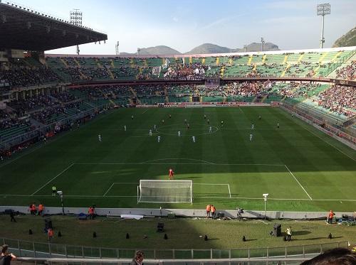 Palermo Milan calcio inizio e stadio vuoto