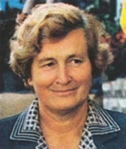 Tina Anselmi è stata la prima donna ad aver ricoperto la carica di ministro della Repubblica Italiana.