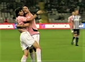 """Pastore ha appena umiliato alla Juventus. A quell'epoca il Palermo vinceva anche in """"11 contro 12""""."""