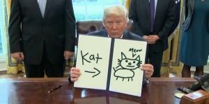 Pare che i disegni di Trump abbiano per tema anche animali domestici. E ortografia.