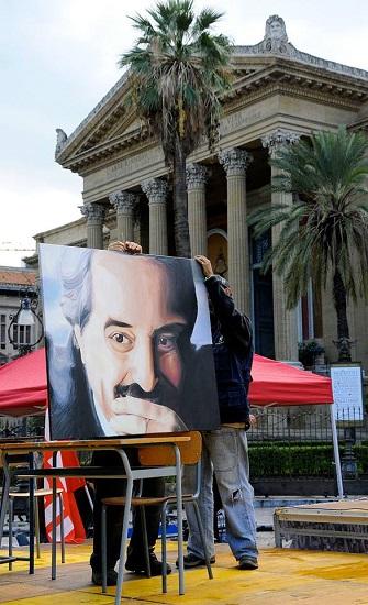 Giovanni Falcone e Teatro Massimo foto di Giulio Azzarello tutti i diritti riservati.