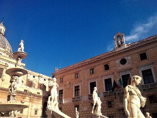 Palazzo delle Aquile a Palermo sede del Comune con Sindaco Orlando. Foto di Gabriele Bonafede