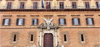 I sondaggi, la politica, i media e gli italiani