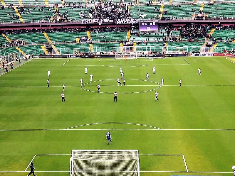 Palermo-Carpi 4-0 calcio di inizio T