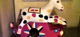 Incarico a Fico, cavallo di razza che corre nell'autobus