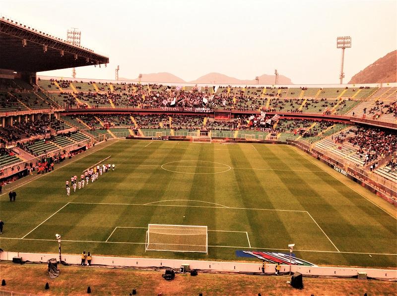 Palermo e stadio insabbiato foto taroccata M