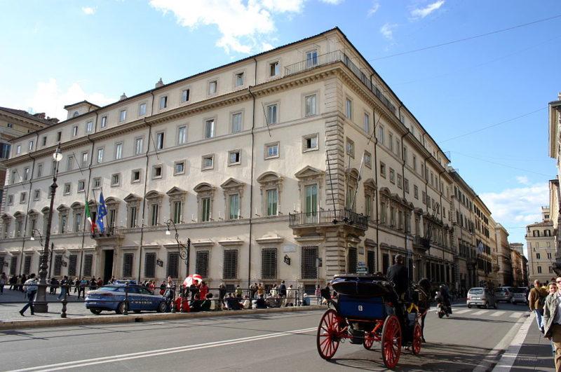 Roma Piazza Colonna Foto_Giovanni Dall'Orto 29-Mar-2008