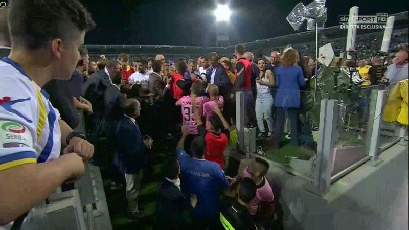 Invasione di campo, nel finale del Campionato degli italiani