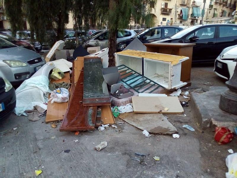 Immondizia a Palermo 2 M