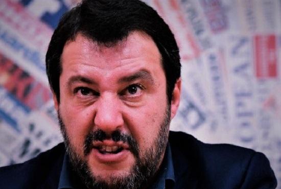 Salvini in conferenza stampa