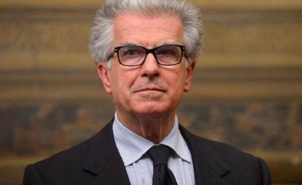 Luigi Zanda M