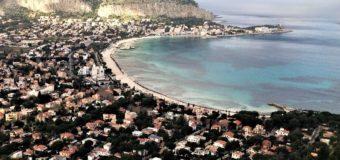 Palermo Felicissima e il tram per Mondello